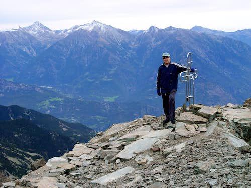 Mont Ruvic Emilio and Summit's Cross