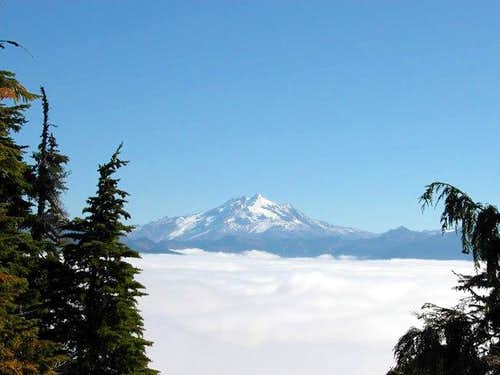 Glacier Peak from the meadows...