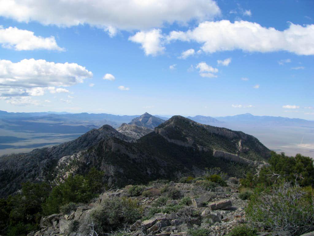 Worthington Range from Worthington Peak