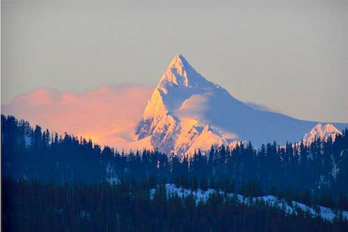 Mt Shuksan Alpenglow