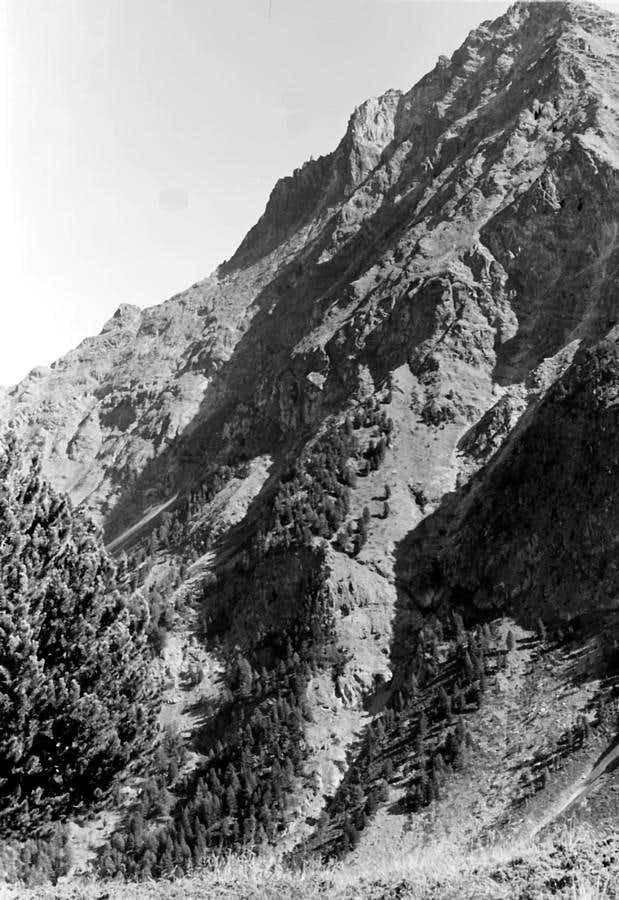 Becca di Nona (3142m) ALL ROUTES of North Wall