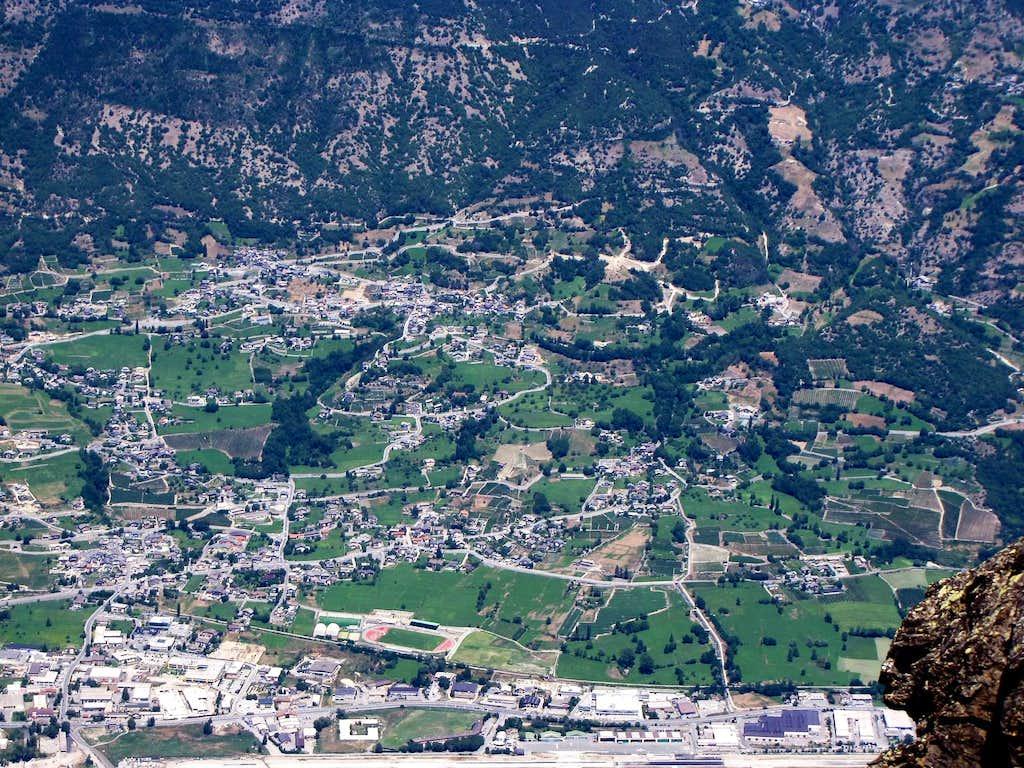 Becca di Nona (3142m)  from SUMMIT to AOSTA TOWN