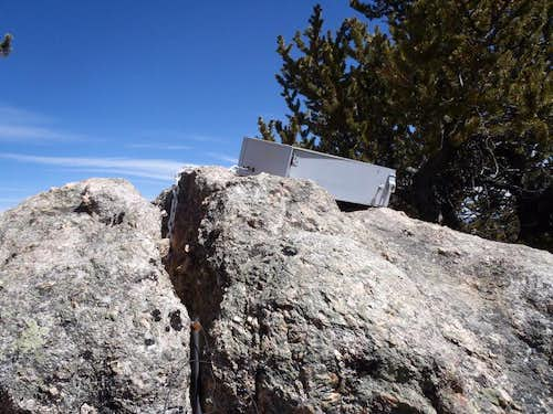 Summit Boulder and drawer