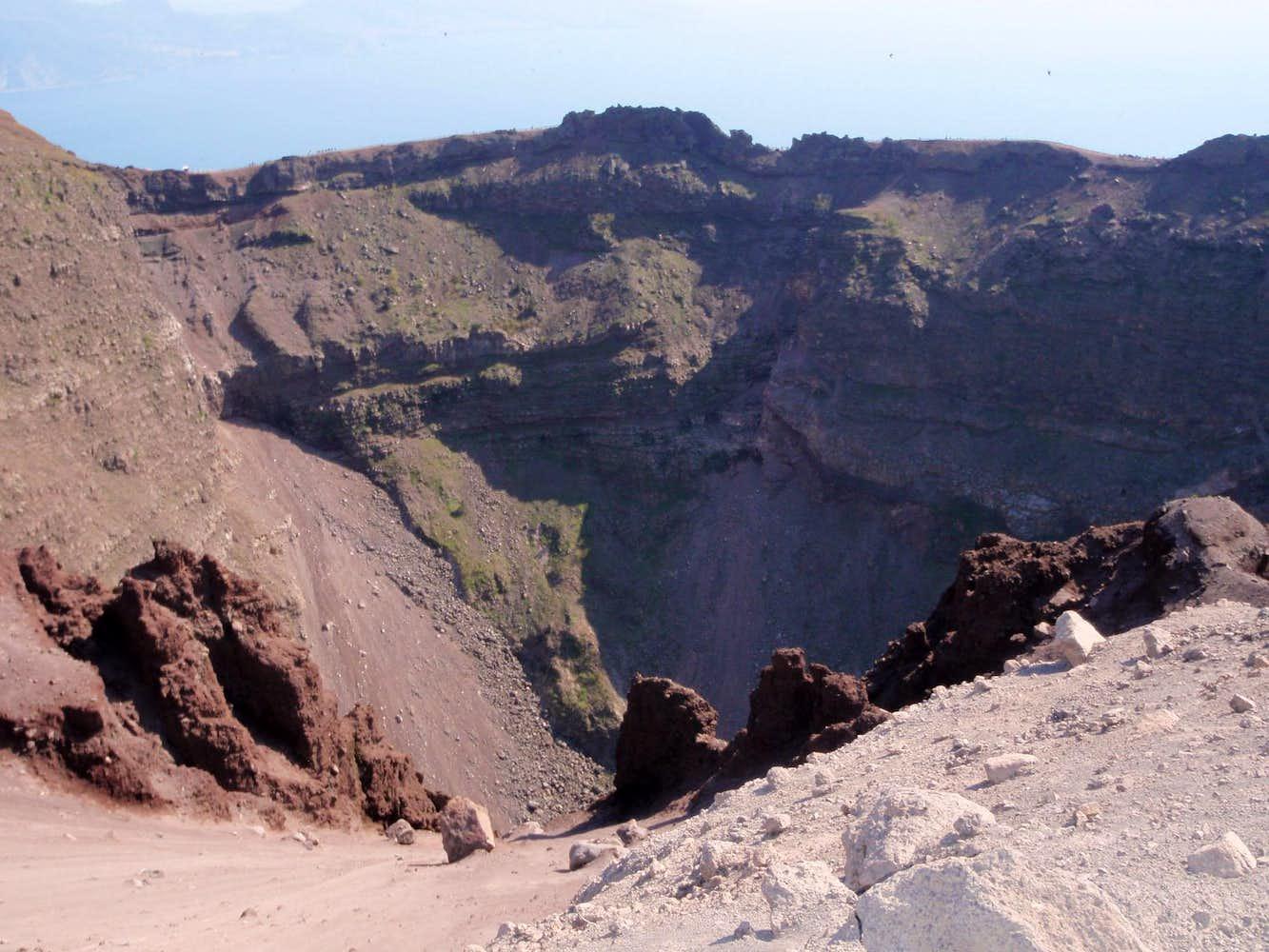 vesuvius caldera