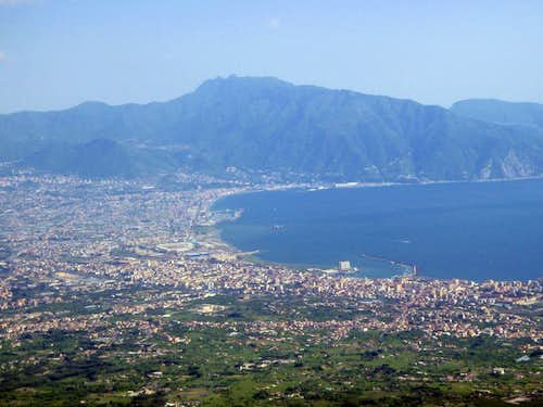 Vesuvius Summit View