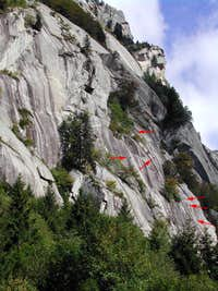 "climbers on ""fleeing serpent"""