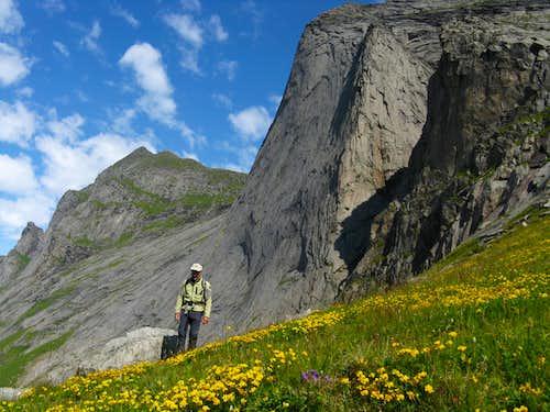 Helvetestinden West Face from Einangen Col, Moskenesøy (Lofoten)