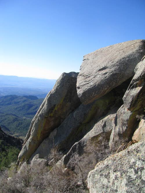 Slabby, overhanging rocks