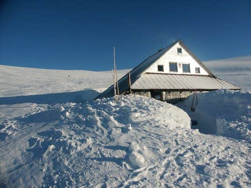 Ďurková shelter in the winter