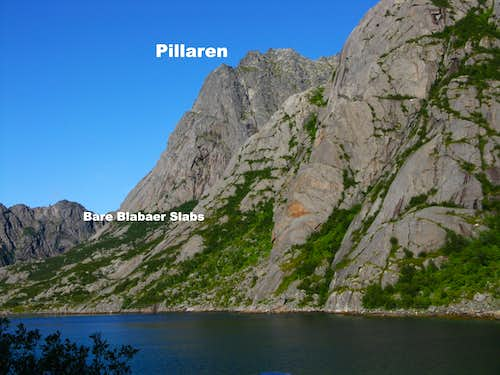 Pillaren and Djupfjord from the coast-road
