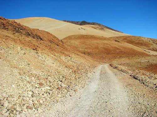 Montana Blanca trail