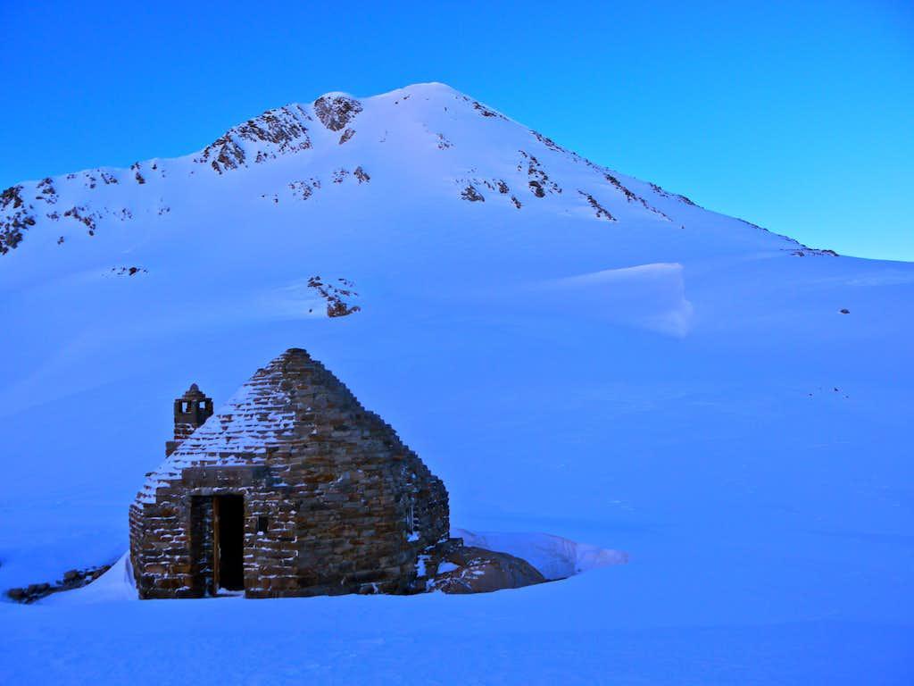 Muir Hut at Muir Pass