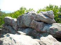 Lewis Rocks highpoint