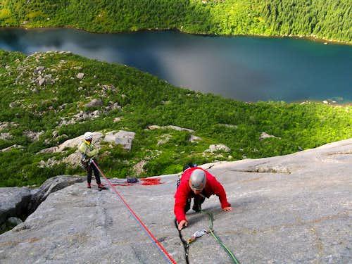 A sunny day on Bare Blåbær Slabs, Pillaren, Lofoten