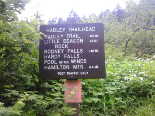 Little Beacon Rock Trail Sign