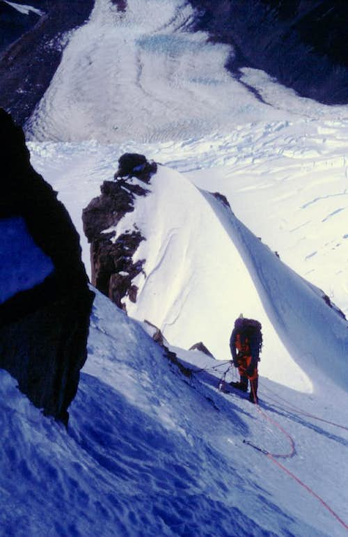 Belay on South-East ridge - Photo Alberto Rampini november 1987