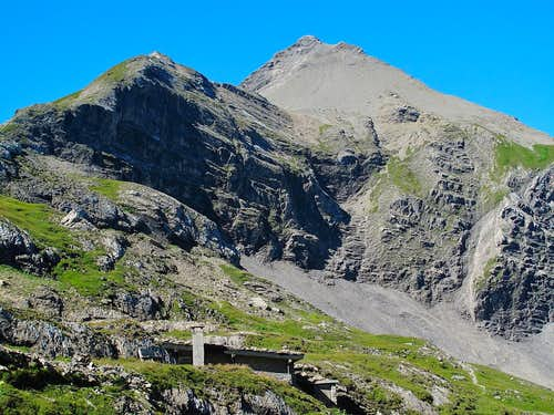 Stierenläger hut (2280m) and Mittaghorn (2685m)