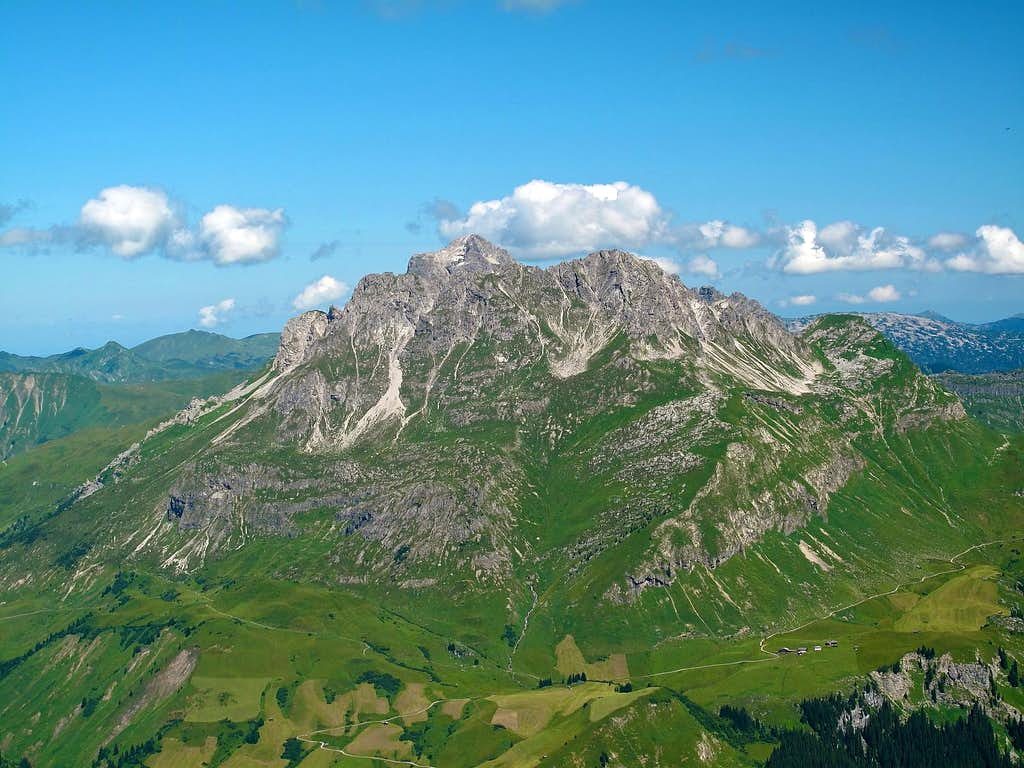 Karhorn (2416m) and the little Walser hamlet of Bürstegg below it