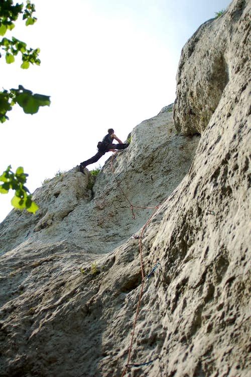 Climbing the Apteka, VI.2