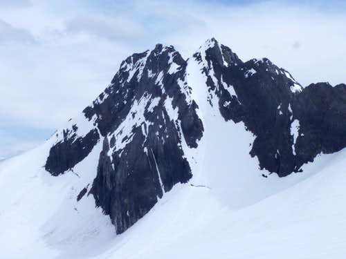 North East Face/North Ridge of Mount Maude, Alpine III, 5.3