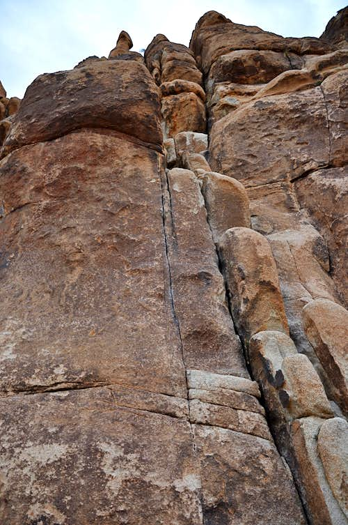 Thin Crack, The Castrum, 10c...