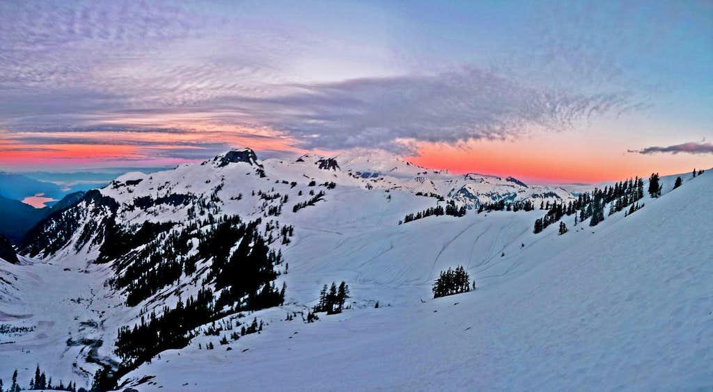 Sunrise on Mount Shuksan