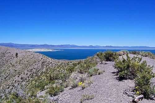 Rim Trail and Mono Lake