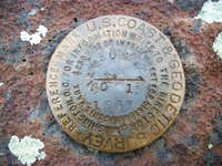 Leon Peak reference mark No.1