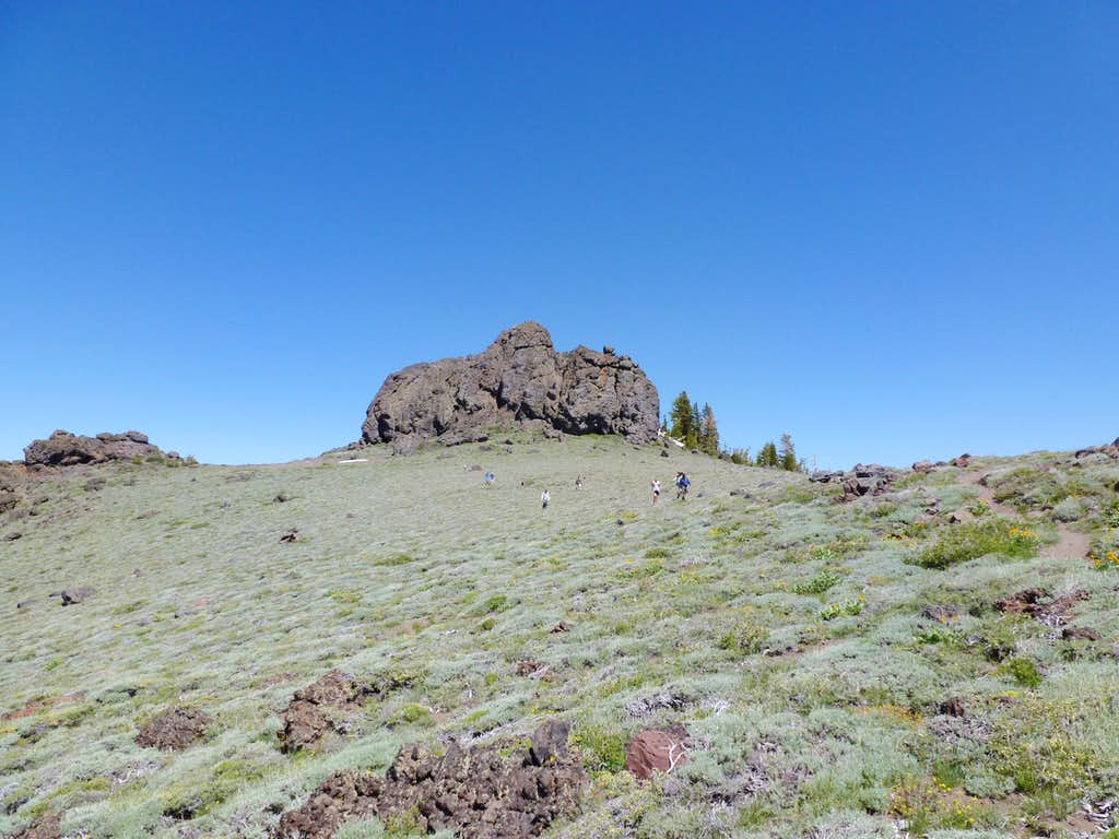 Heading down the saddle between Martin Point and Thunder Mountain