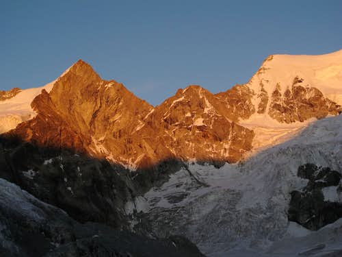 Trifthorn (3728m) and Wellenkuppe (3903m) in evening alpenglow
