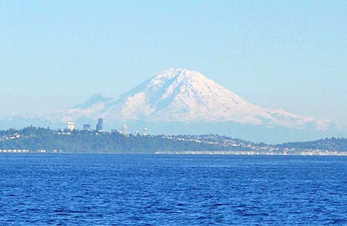 Seattle and Mount Rainer