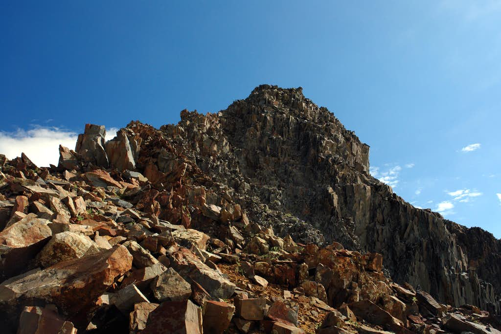 Wilson Peak: approaching the false summit