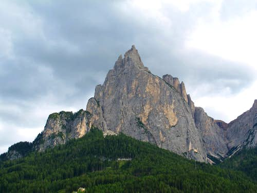 The bold rock tower of Santner Spitze (2413m)