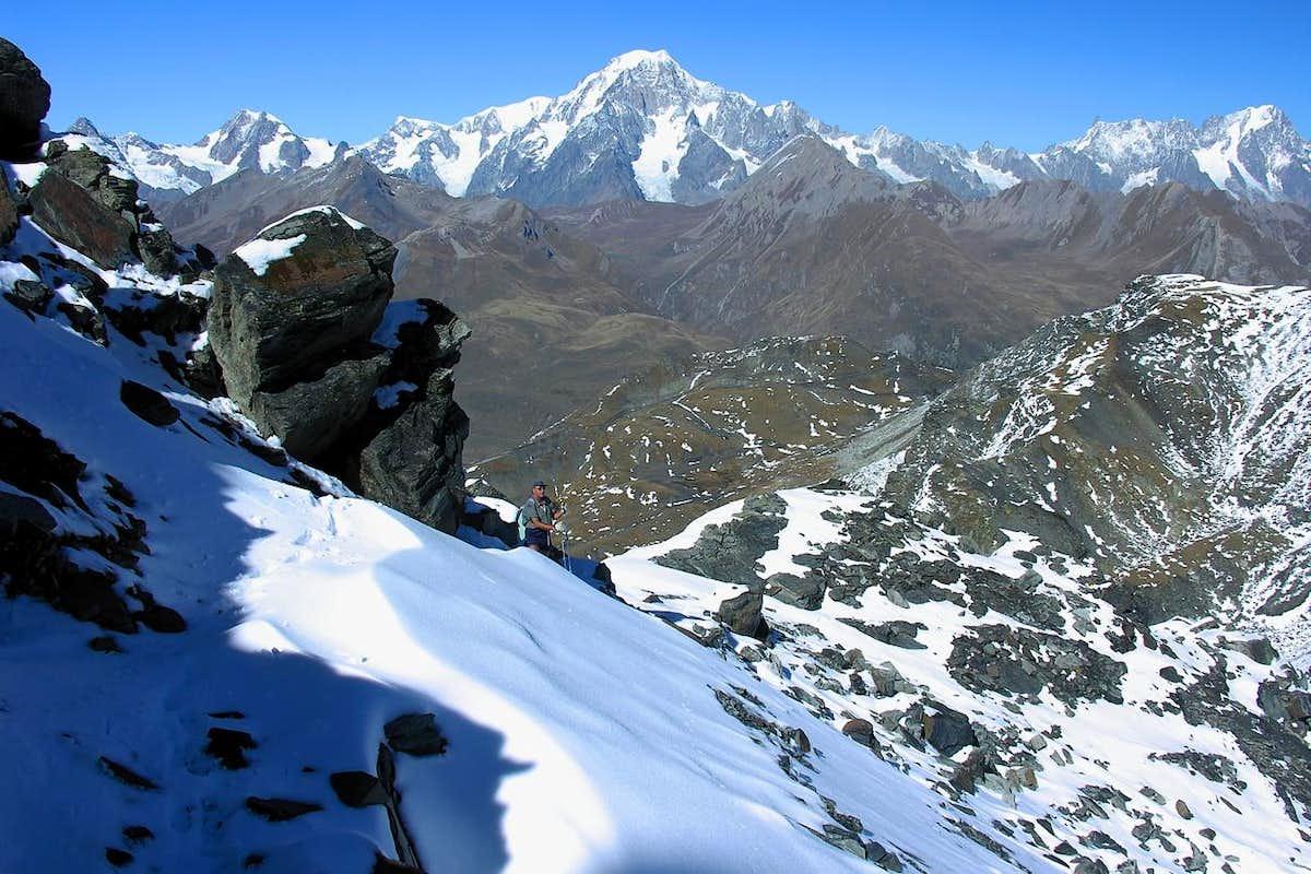 Mont Valaisan & Mont Blanc Mountain Chain : Photos ...