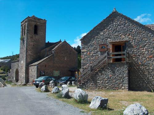 San Martin Church in Tella