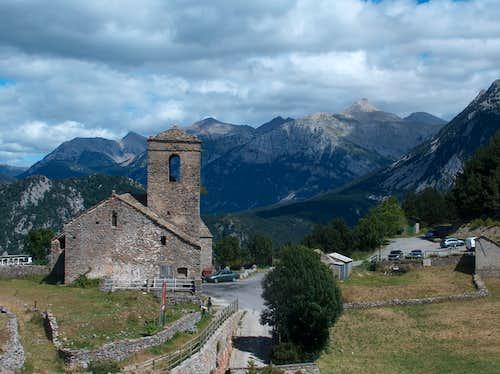 San Martin Church in Tella, Cotiella behind