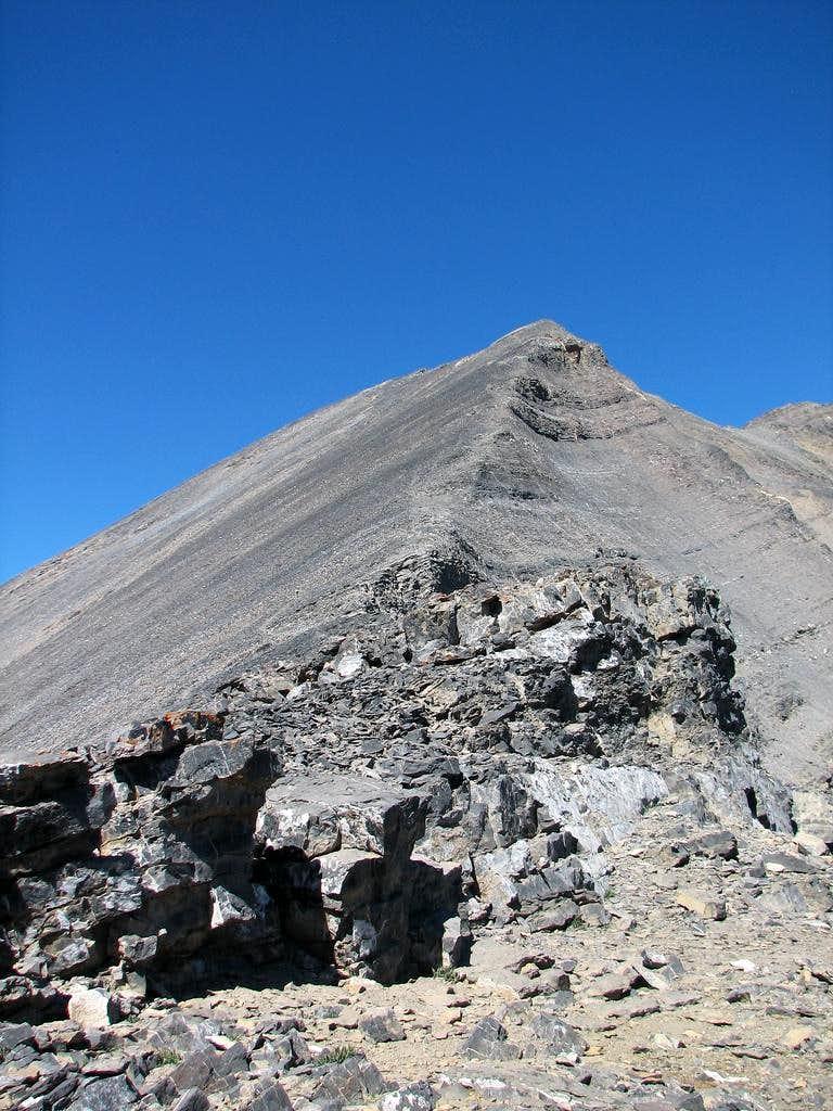 The ridgeline to the summit.