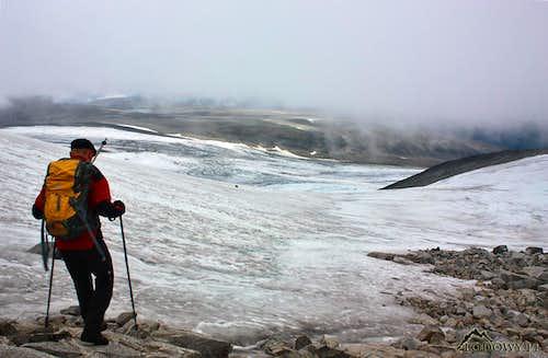 Descending from Galdhopiggen