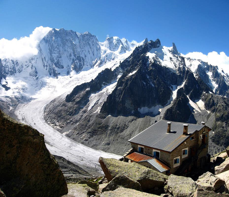refuge du couvercle and photos diagrams topos summitpost