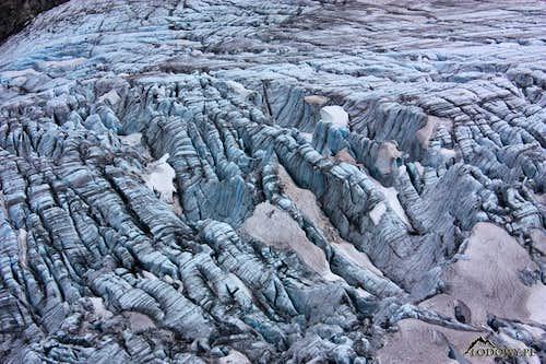 Svellnosi glacier crevasses