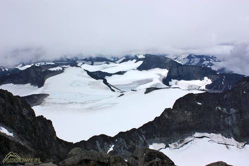 Icefields and rock - Jotunheimen