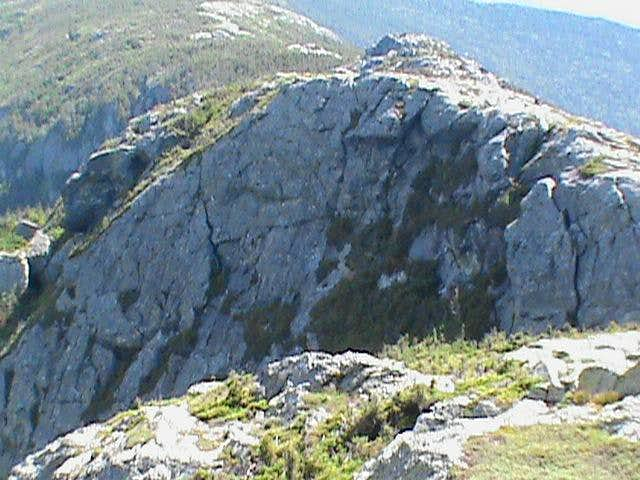 Mount Manfield, Cliff Trail