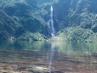 Waterfall of the Lac d\'Ôo