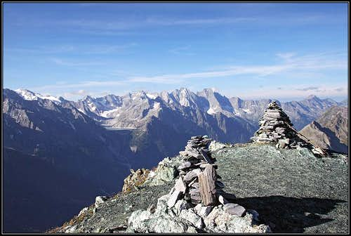 Val Masino / Bergell mountains from Piz Lunghin
