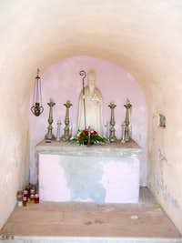 the interior of the chapel of Sveti Nikola