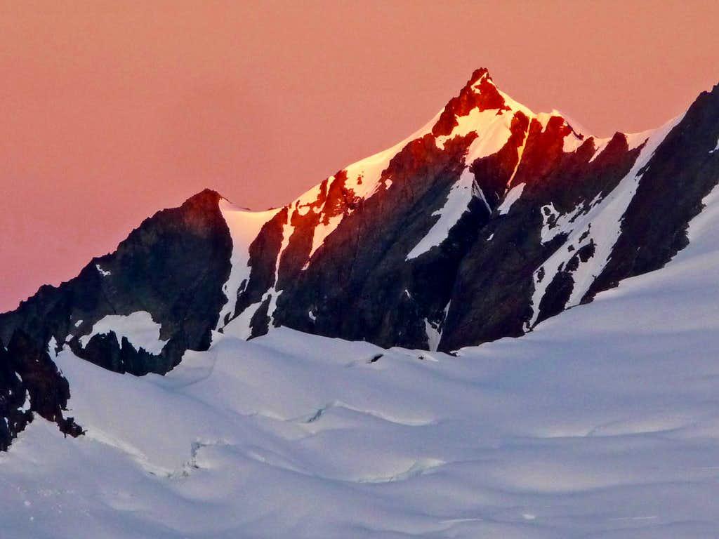 Sunrise on Sahale Mountain