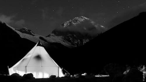 A dining tent at Chopi Base camp