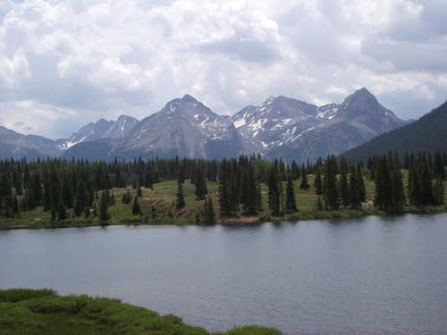 Grenadeir Range across Molas Lake