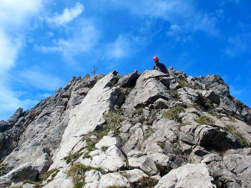 A climber coming down the south ridge of Karhorn