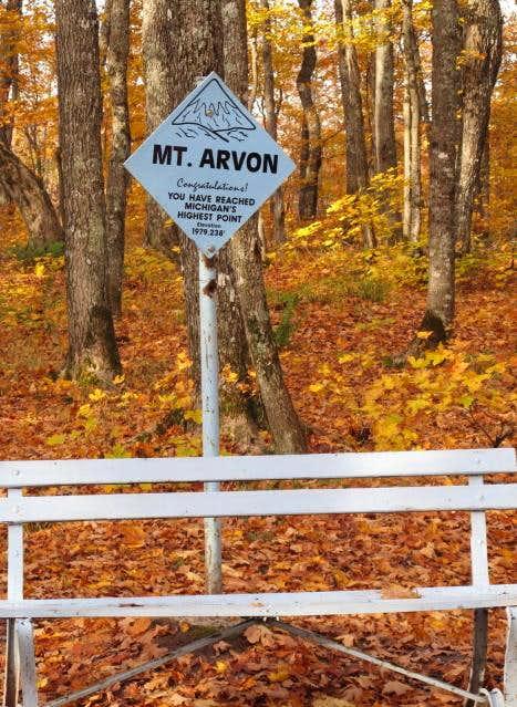 Mount Arvon -- The Summit Sign (2010)